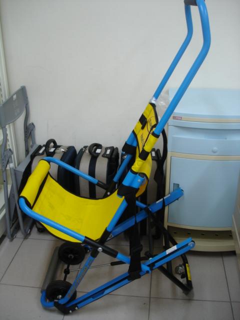 折疊式緊急 救護逃生滑椅